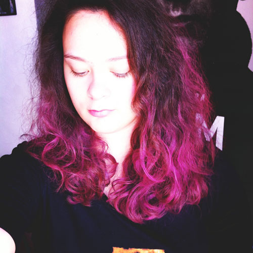 Mint-Water cheveux roses craie