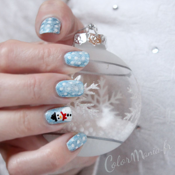 nail-art-noel-bonhomme-neige-pois-bleu-blanc-color-mania