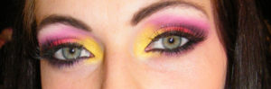 Itw Color-Maniac Maquillage Coraline Closer To God