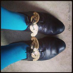 Moustaches Paillettes Dorées pour Chaussures Shwings