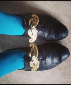 Bigotes con brillo dorado para zapatos Shwings