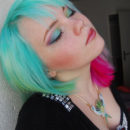 Coloration Cheveux Vert Alpin – Directions 4