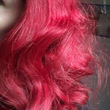 "Coloration Cheveux Rouge ""Pillarbox"" – Directions"