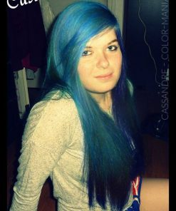 Cassandre - Coloration Cheveux Bleu Atlantique - Directions | Color-Mania