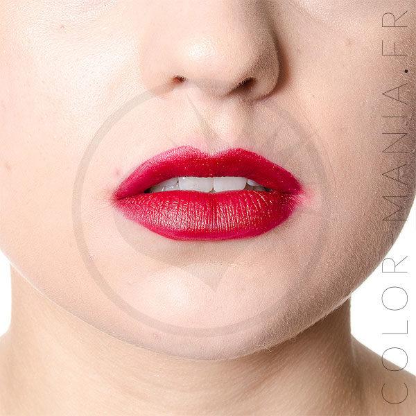Red Lipstick beso de la muerte - Manic Panic | Color-Mania