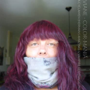 Merci Sylviane :) Coloration Cheveux Cynthia - Hermans Amazing + 1 cas Vampire Red - Manic Panic   Color-Mania