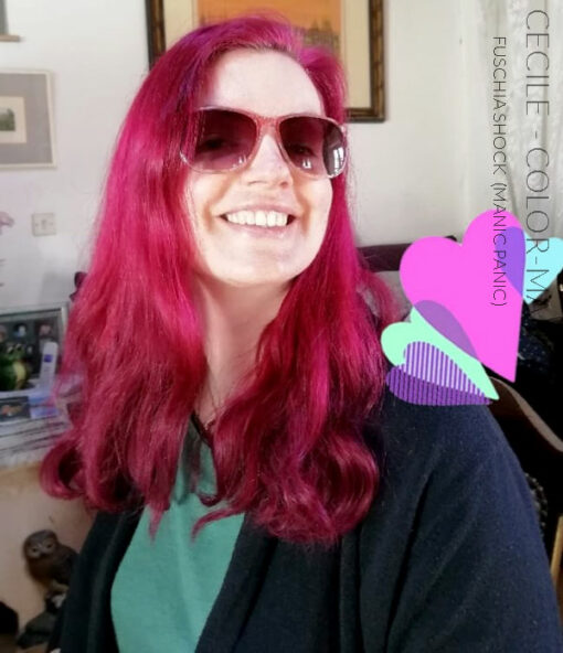 Merci Cécile :) Coloration Cheveux Rose Fuschia Shock - Manic Panic | Color-Mania