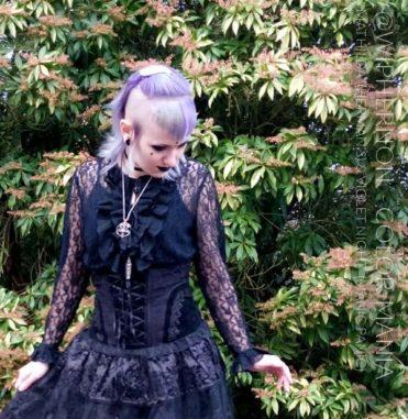 Merci @wiphernon :) Coloration Cheveux Gris Granny Mathilda Grey - Herman's Amazing | Color-Mania