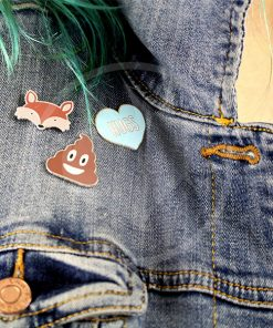 Emoji Caca Pin, Red Fox y Blue Heart Hugs | Color-Mania