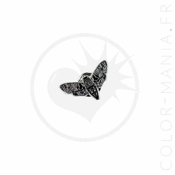 Pin de la noche de la mariposa | Color-Mania