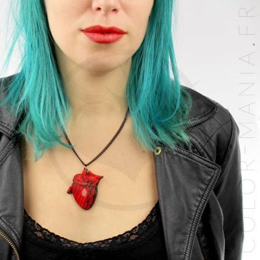 Collier Cœur Anatomique en Bois Rouge | Color-Mania