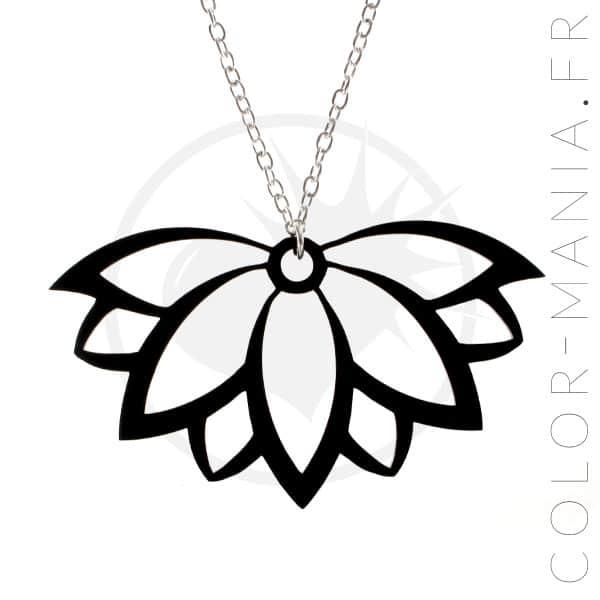 Collar de flores de loto negro | Color-Mania