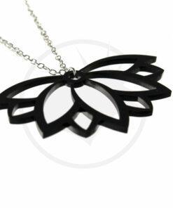 Collier Fleur de Lotus Noir   Color-Mania