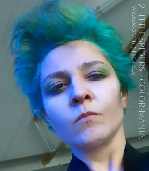 Merci 2 Little Spiders :) Coloration Cheveux Vert Voodoo Green - Rebellious | Color-Mania