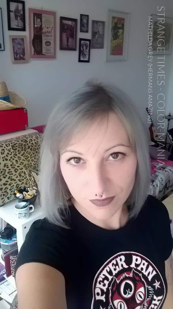 Merci Strange Times :) Coloration Cheveux Gris Granny Mathilda Grey - Herman's Amazing   Color-Mania