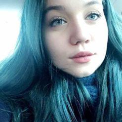 Merci Aeternare :) Coloration Cheveux Bleu Marge Blue - Herman's Amazing | Color-Mania