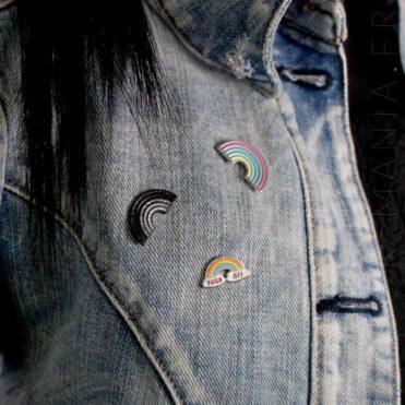 Pin's Arc-en-Ciel Fuck Off, noir pailleté et pastel | Color-Mania
