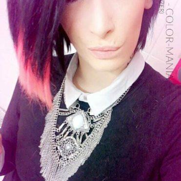 Merci Titia Tai :) Coloration Cheveux Rose Fluo UV – Stargazer