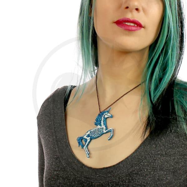 Collar esquelético del unicornio azul turquesa | Color-Mania