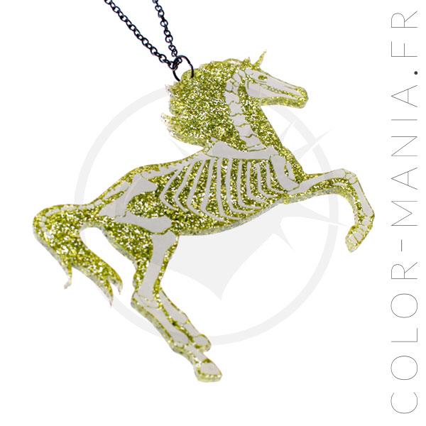 Collier Licorne Squelette Paillettes Dorées   Color-Mania