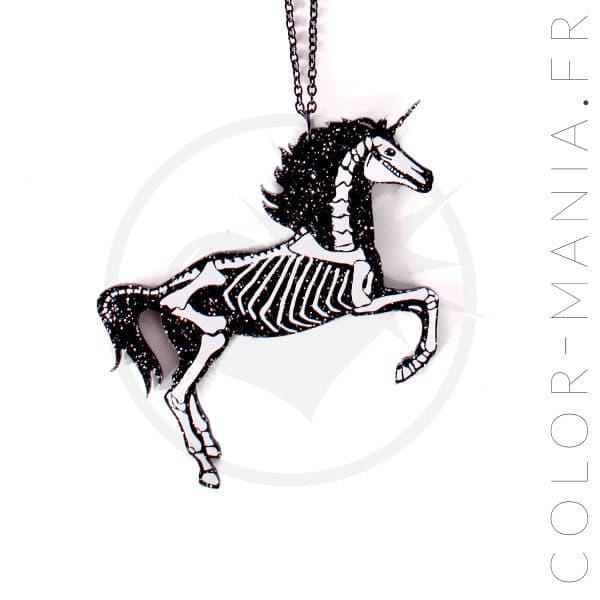 Collana con scheletro nero unicorno | Color-Mania