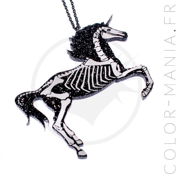 Collier Licorne Squelette Noir Paillettes   Color-Mania
