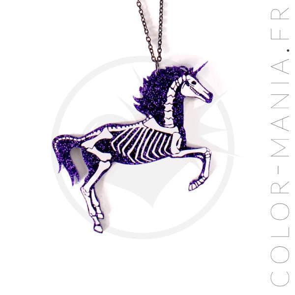 Collier Licorne Squelette Paillettes Violet Foncé | Color-Mania