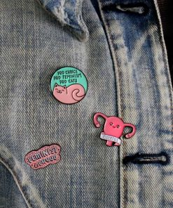 Pin's Feminist & Proud, Pro-Cats et Cuterus | Color-Mania