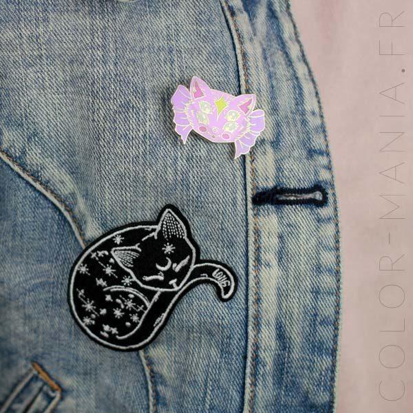 Pin's Chaton Rose à Quatre Yeux | Color-Mania