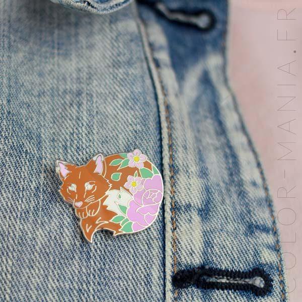 Pin's Renard Orange et Fleurs Roses | Color-Mania