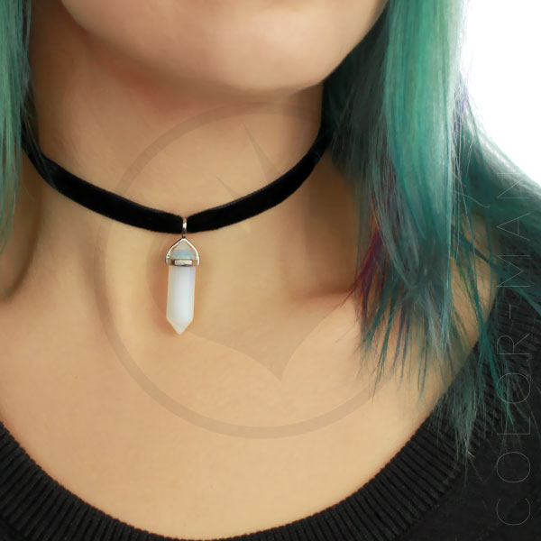 Collar de gargantilla de terciopelo blanco Opalite | Color-Mania