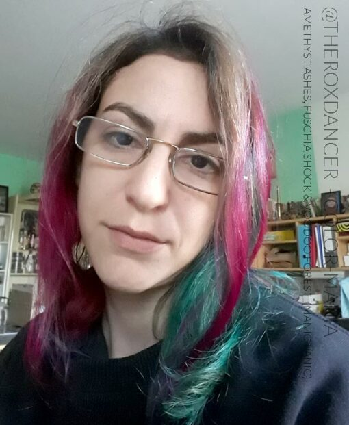 Gracias @theroxdancer :) Color de cabello Bosque de vudú verde - Pánico maníaco | Color-Mania