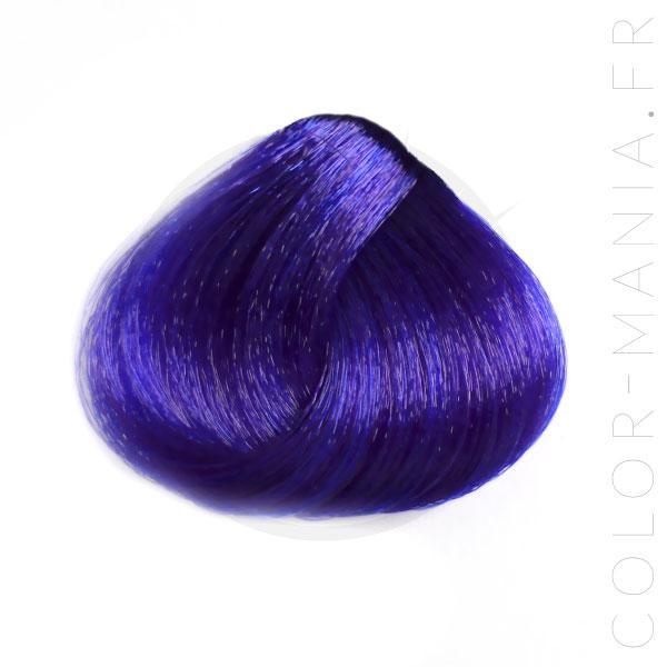 coloration cheveux bleu blue urban crazy color mania. Black Bedroom Furniture Sets. Home Design Ideas