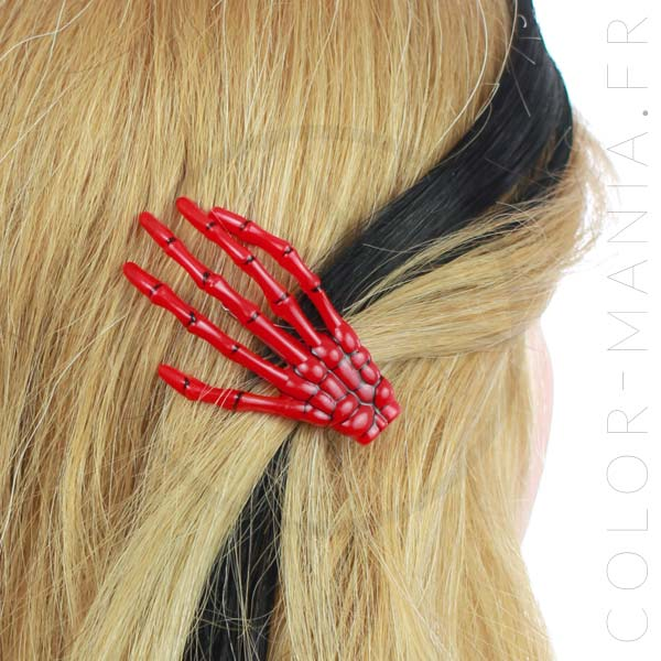Barrette Main de Squelette Rouge - Banned | Color-Mania