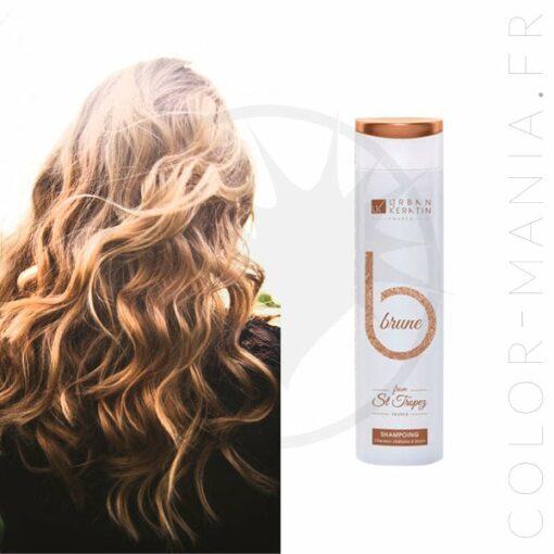 Flacon shampoing cheveux bruns et chevelure brune